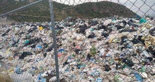 Para que alcaldía de Ixmiquilpan pague a CFE, cierran el basurero