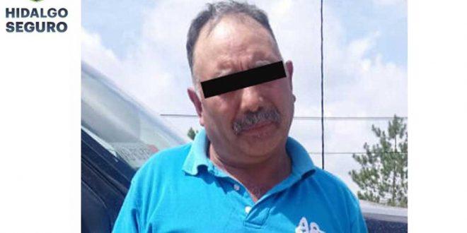 Detienen a hombre armado y con billetes falsos en Apan
