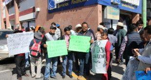 Militancia de Morena protesta contra posible coalición para comicios 2020