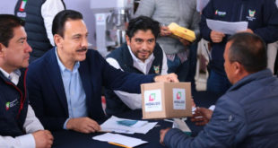 Anuncia Fayad la ampliación de carretera en Tlahuiltepa