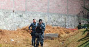 Encuentran a un hombre sin vida en canal de aguas negras de Pachuca